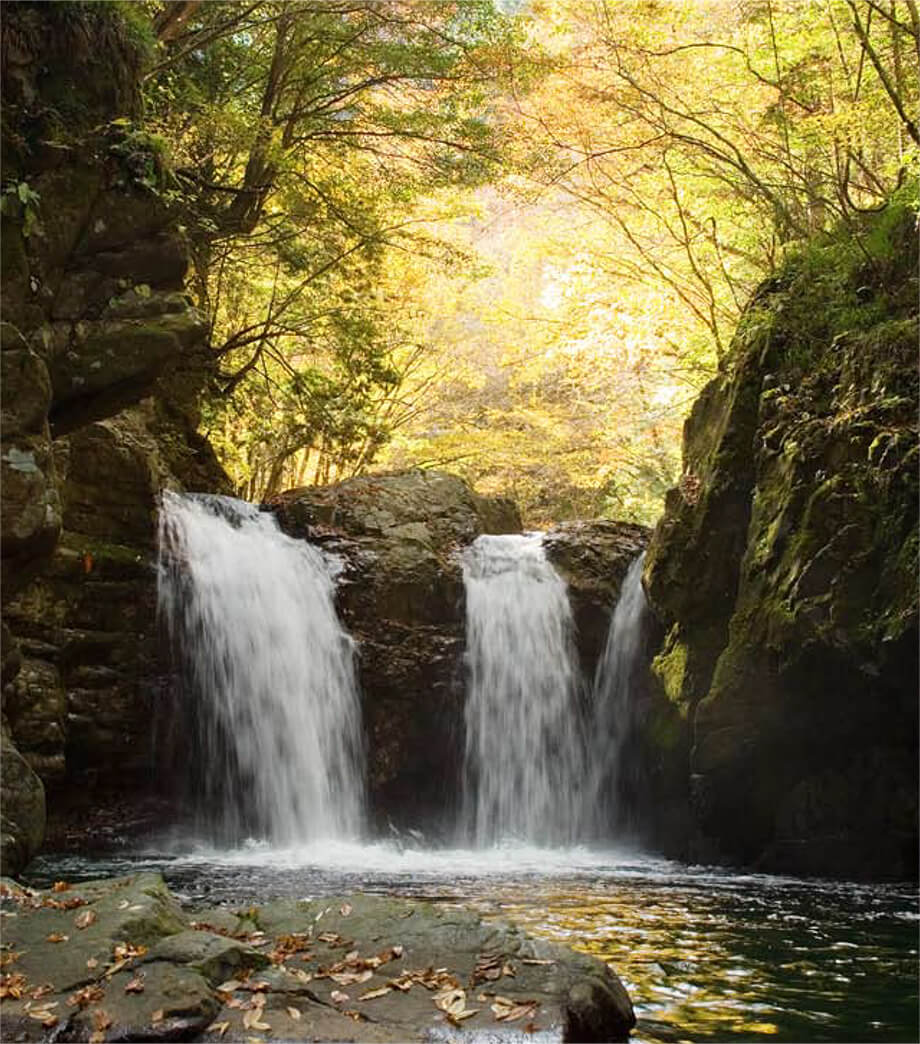 小坂の滝めぐり三ツ滝