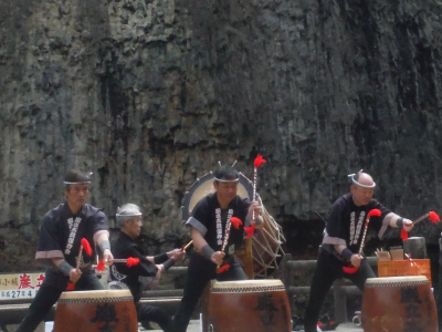 飛騨小坂滝開き(ひだおさかたきびらき)